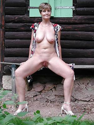 mature shaved women love porn