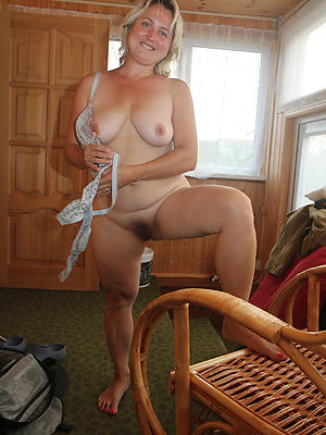 extravagant sexy women over 40 porn pictures