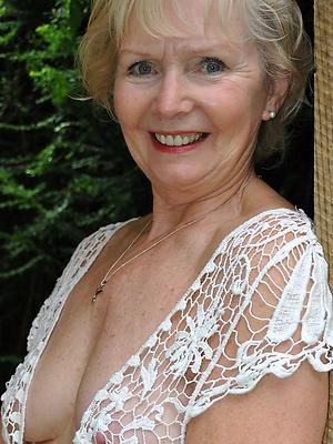 beauties grandma nude pics