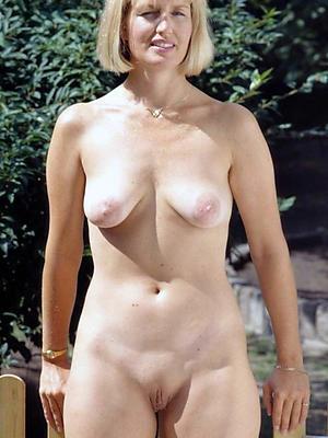 beautiful natural mature milf porn pictures