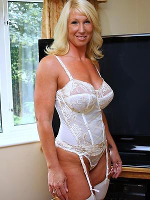 beautiful mature nude model photo