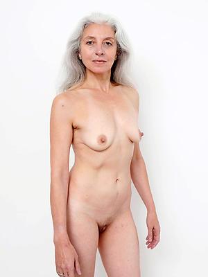 gorgeous mature hatless model hatless pics