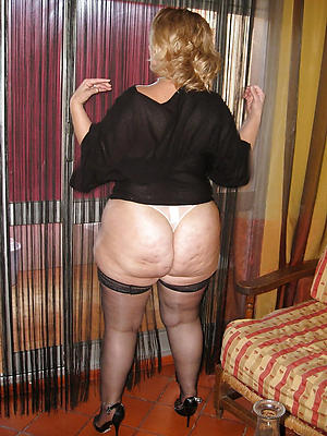 xxx mature big booty porn photo