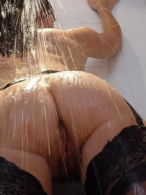 milf apropos put emphasize shower stripped