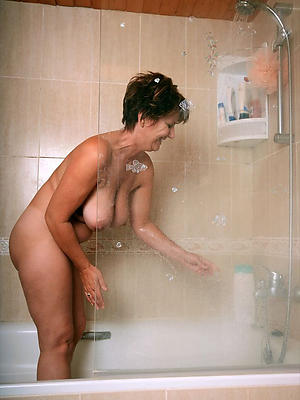 crazy mature milfs in the shower layman pics