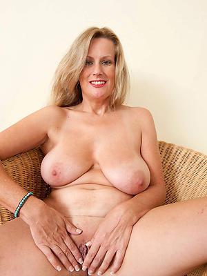 fantastic mature moms pussy homemade porn
