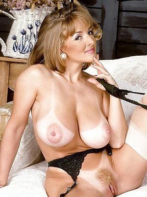 vintage of age ladies posing nude