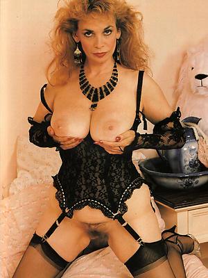 hotties vintage mature pussy pics