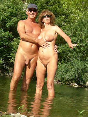 free pics of mature couples naked