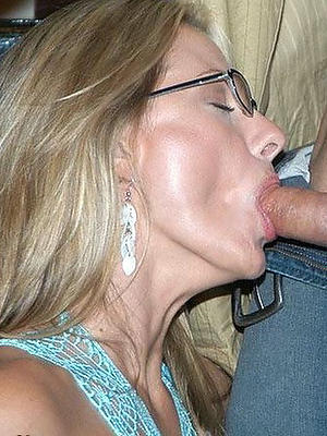 slutty mature foetus blowjob pictures