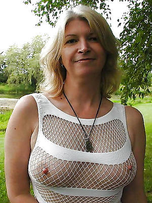 hotties sexy mature solo pictures