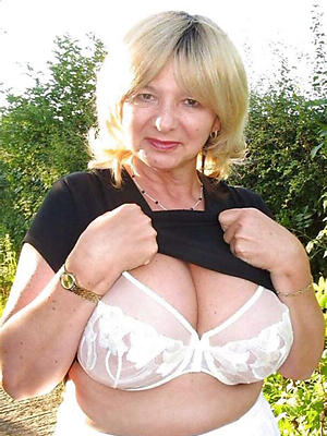 incongruous white mature woman porn homemade