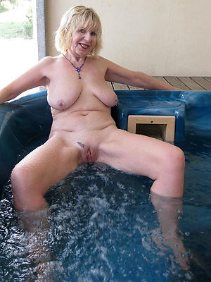 naught white mature woman pics