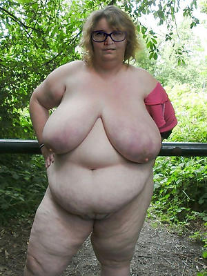 mature nude bbw pics