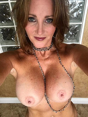 fantastic nude mature extreme selfies photo