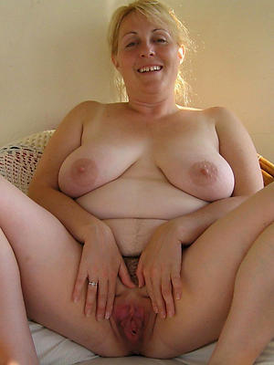 hotties mature over 50 pics