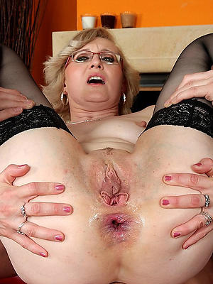 unmitigated mature vulvas stripped