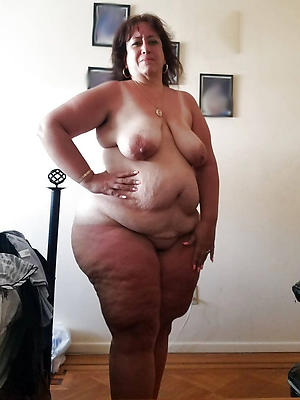 Nudist family naked around the house