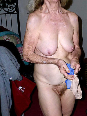 hot 60 year old women stripped