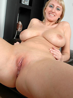 porn pics of mature characterless wives
