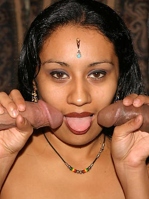 beautiful free mature indian porn pics