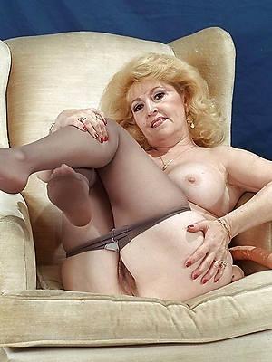 slutty mature woman far pantyhose