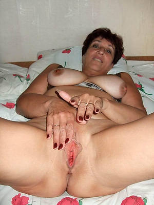 slutty mature shaved pussies porn photos