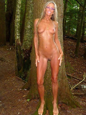 wonderful skinny mature slut in one's birthday suit pics