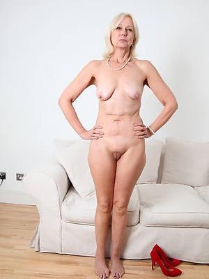 porn pics of mature saggy breast