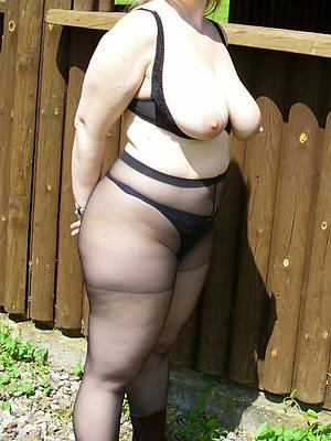 gorgeous matures in pantyhose lay bare galleries