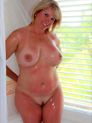 sexy hot mature chubby wife