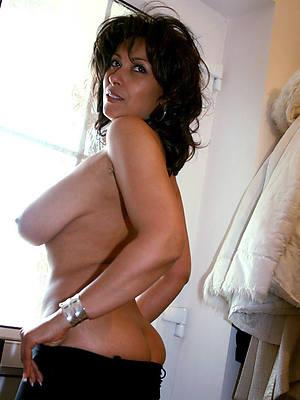 hotties nude mature sluts photos