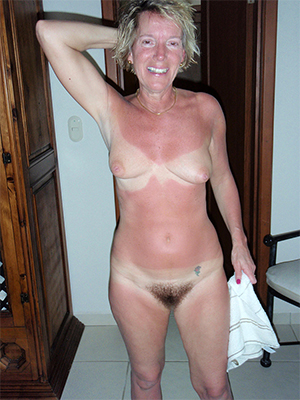 blonde mature nude dirty sex pics