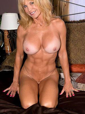 mature blonde nude xxx porno
