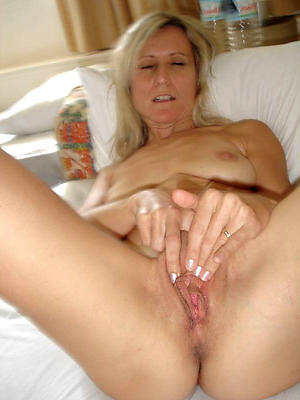 colored thorn white mature women