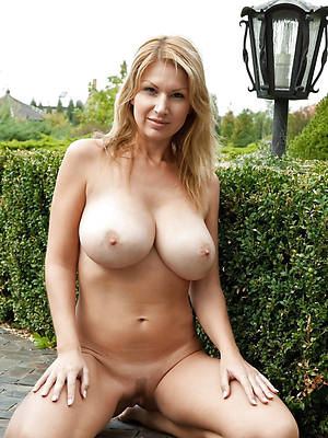 porn pics for mature inept pussy