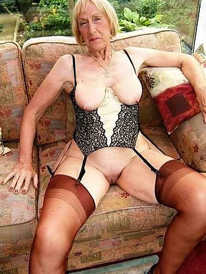 grown up old upper classes posing nude