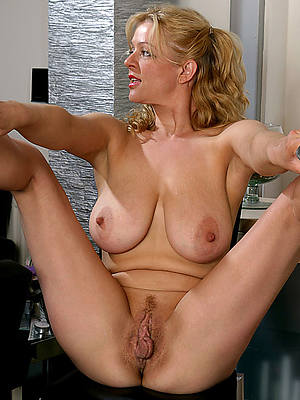 fantastic mature vulvas nude pics