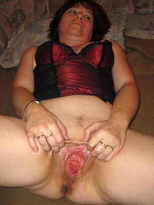 colored hair adult vulva