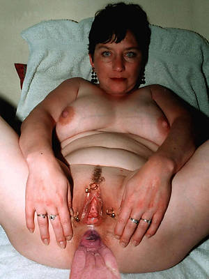 hotties mature vulva nude photos