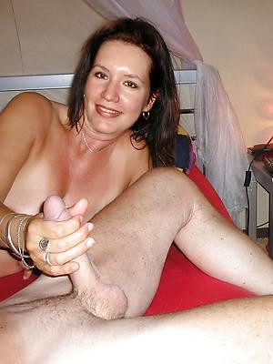 mature mom handjobs free porn