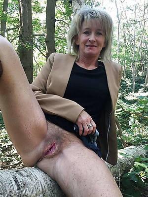 perfect mature 60 nude pics