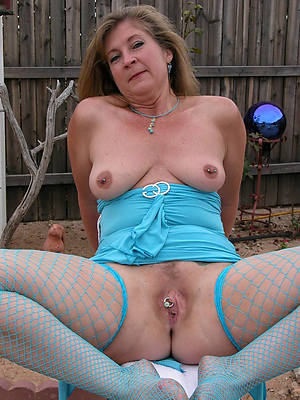 slutty mature older women pics