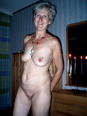 untrained mature wife stripped
