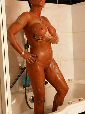 beautiful domineer mature shower porn photos
