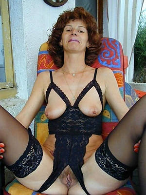 xxx easy mature milf 60 nude pictures
