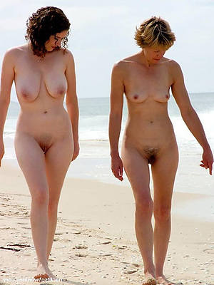 gorgeous mature beach pictures
