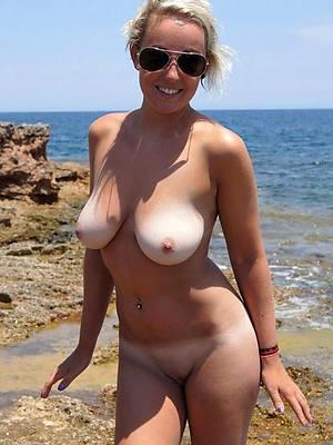 xxx free naked beach mature