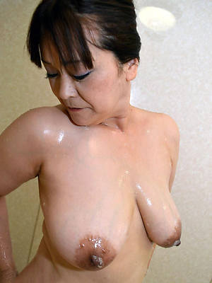 porn pics of mature asian mom