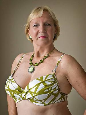gorgeous mature grandma pussy pics